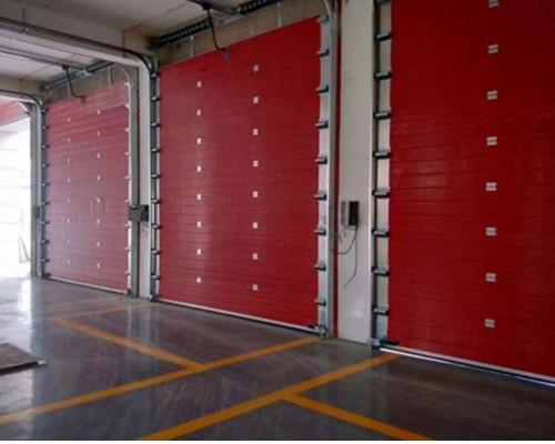 蘭州新區職教園區消防中隊工業提升門安裝